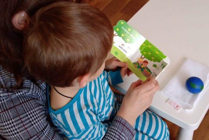 17.000 de copii vulnerabili primesc Punguta cu doua carti din partea Asociatiei OvidiuRo cu sprijinul Kaufland Romania
