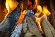 Vâlcea: O fată de 14 ani, din Fârtățești, a murit intoxicată cu monoxid de carbon